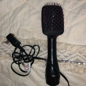 Perfect condition Revlon One-Step HairDryer Brush